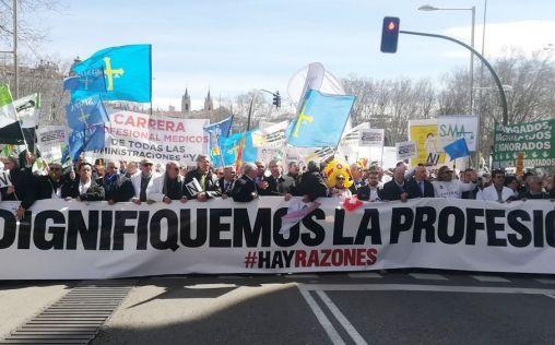 Médicos de toda España comienzan este martes una huelga indefinida para pedir una Sanidad de calidad