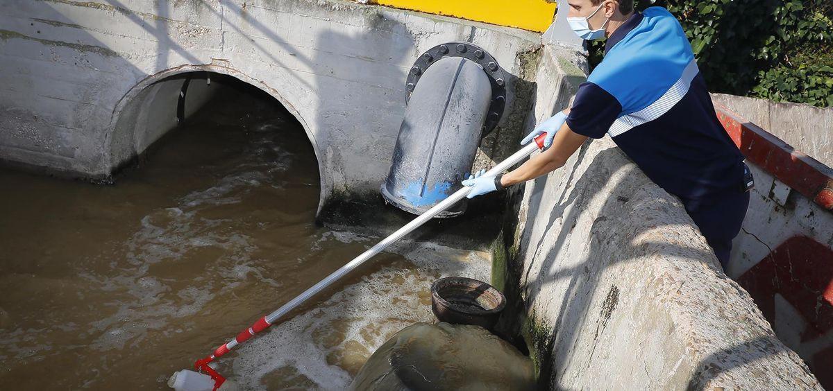 Estudio de aguas residuales (Foto. D.Sinova Comunidad de Madrid)