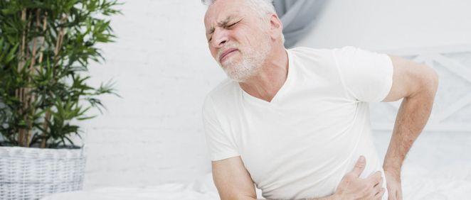 Hombre con dolor de espalda (Foto. Freepik)