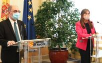 El presidente del Gobierno de Aragón, Javier Lambán, y la consejera de Sanidad, Sira Repollés (Foto. Gobierno de Aragón)
