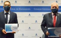 José Luis Cobos y Florentino Pérez Raya presentan la encuesta promovida entre las 8.500 enfermeras (Foto. CGE)