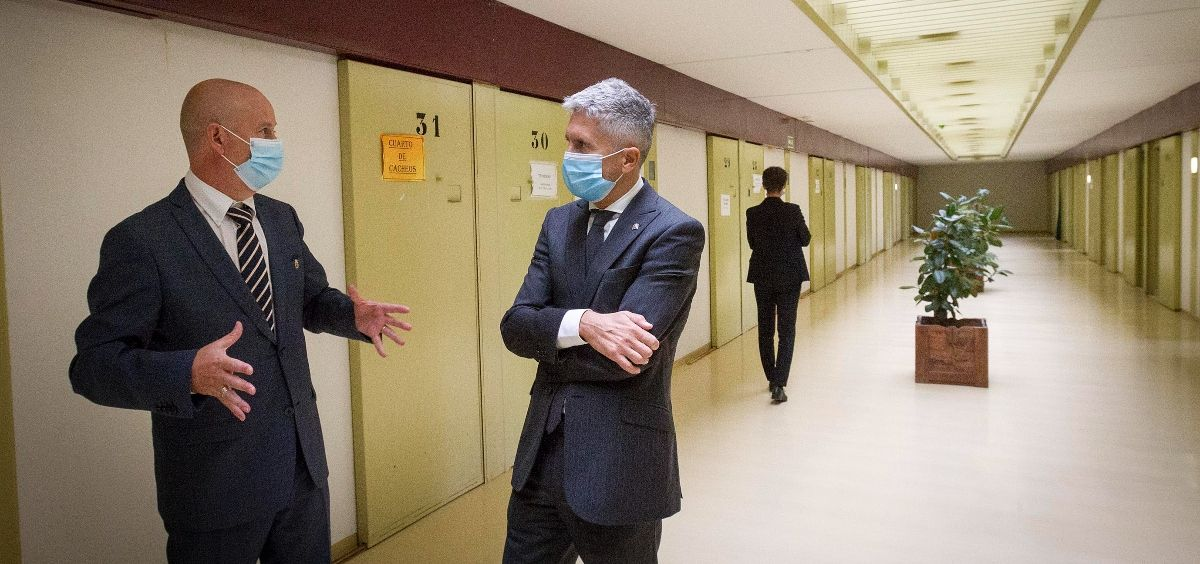 El ministro del Interior, Fernando Grande Marlaska, durante su visita al centro penitenciario de Soto del Real. (Foto. Ministerio del Interior)