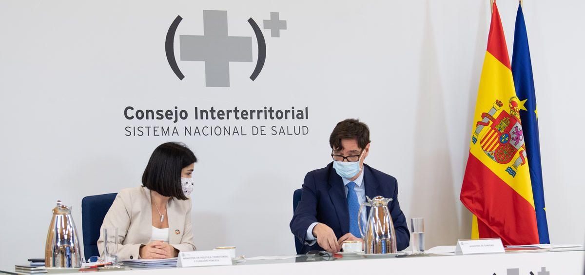 Los ministros Salvador Illa y Carolina Darias en el Consejo Interterritorial de Salud. (Foto. Moncloa)