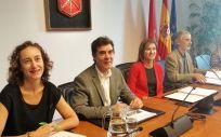El consejero de Políticas Migratorias y Justicia del Gobierno de Navarra, Eduardo Santos, en comparecencia en el Parlamento de Navarra (Foto. Europa Press)