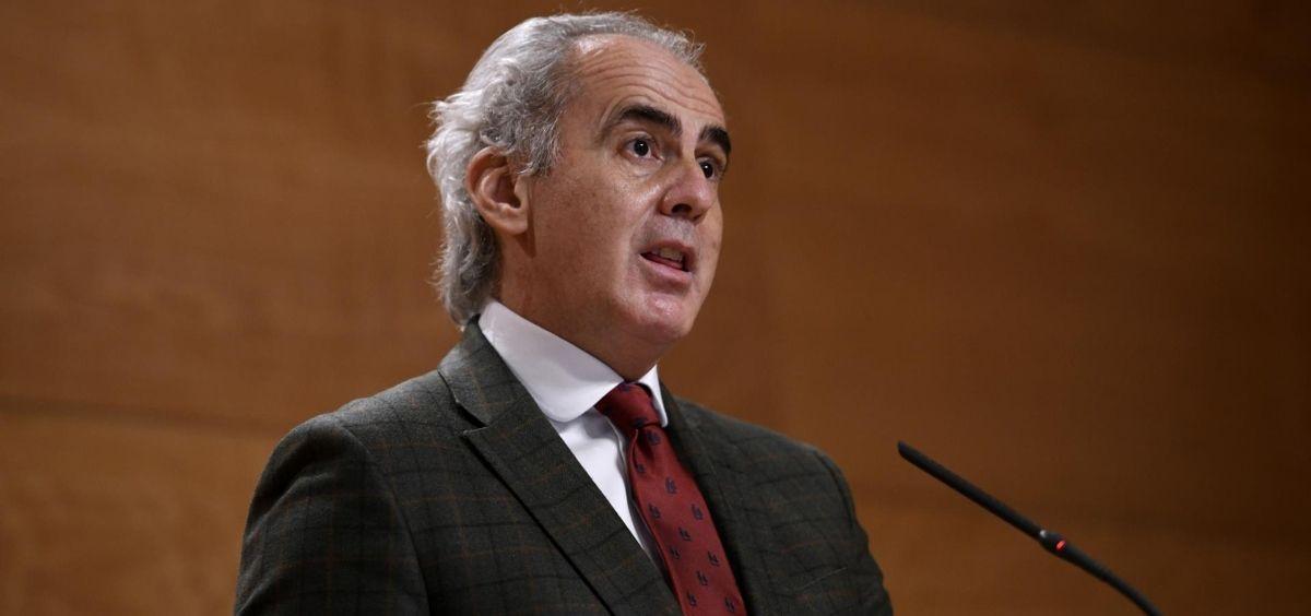 El consejero de Sanidad de la Comunidad de Madrid, Enrique Ruiz Escudero (Foto. O.CAÑAS.POOL   EP)