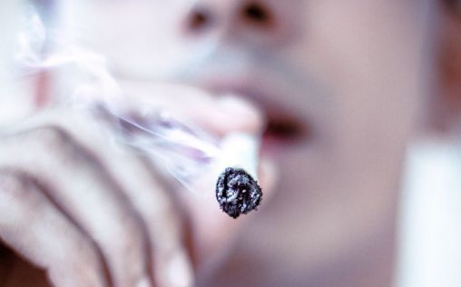 Alcohol, tabaco, cannabis y otras drogas: Radiografía de su consumo en la pandemia de Covid-19