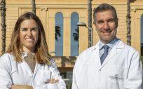 La doctora Rebeca Beguería y el doctor Ramón Aurell (Foto. Teknon)