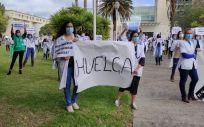 Los médicos canarios en una protesta en el HUC contra el abuso de los contratos temporales. (Foto. Mesa de la Confluencia de Médicos de Canarias)