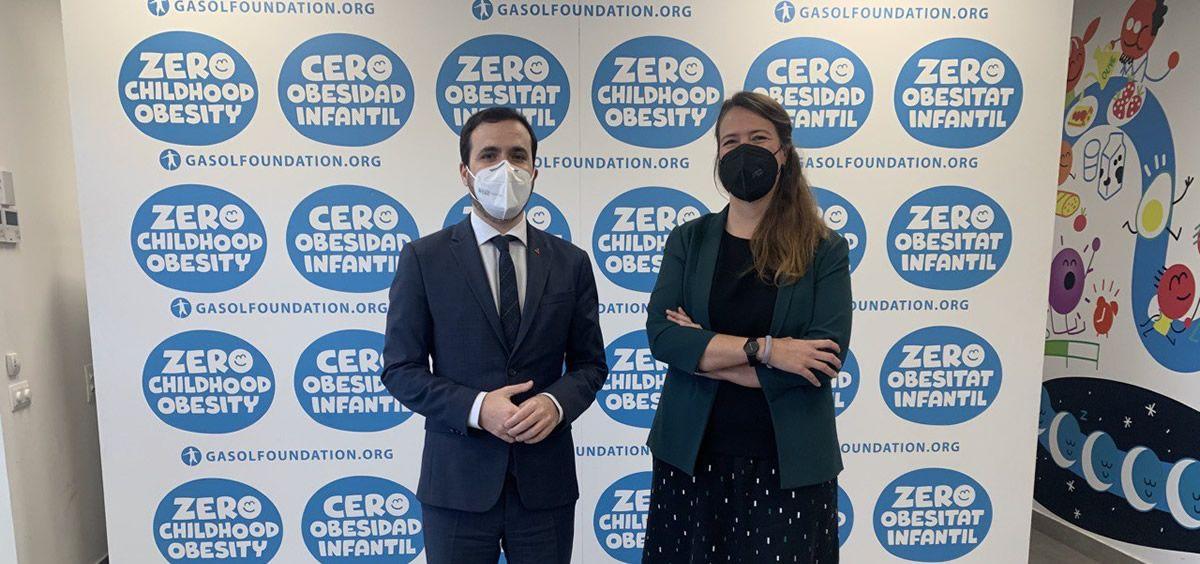 El ministro de Consumo, Alberto Garzón, y  la directora de la institución Gasol Foundation, Cristina Ribes (Foto. Flicrk Consumo)