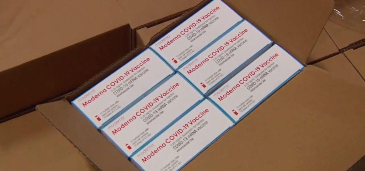 Primeras dosis de la vacuna de Moderna recibidas por el Ministerio de Sanidad (Foto: Moncloa)