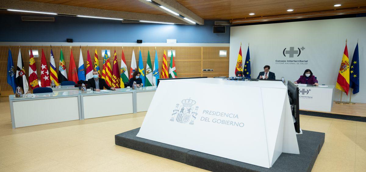 El ministro de Sanidad, Salvador Illa, y la ministra de Política Territorial y Función Pública, Carolina Darias en el CISNS (Foto. Pool Moncloa / Borja Puig de la Bellacasa)