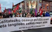 Manifestación de trabajadores de Osakidetza en Bilbao en una jornada de protestas anterior. (Foto ELA)