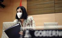 La ministra de Sanidad, Carolina Darias, durante una comparecencia en la Comisión de Sanidad y Consumo, en Madrid. (Foto. EUROPA PRESS/O.CAÑAS.POOL)