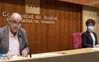 Antonio Zapatero y Elena Andradas, durante una rueda de prensa (Foto: Comunidad de Madrid)