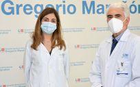 Los doctores Francisco Grandas y Sofia Portela (Foto. Hospital Gregorio Marañón)