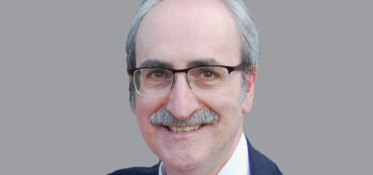 Ignacio Forcada, presidente de Simecat. (Fotomontaje ConSalud.es)