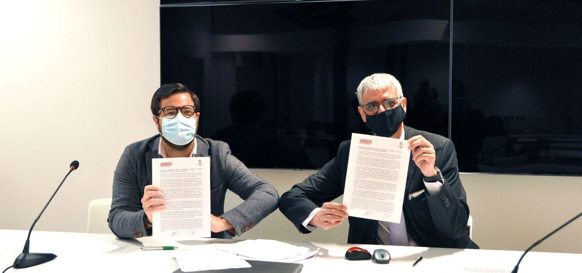 El presidente de la Asociación MIR España, Luis Tejedor y Antonio Cabrera, secretario general de FSS CCOO. (Foto. CCOO)