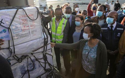 COVAX lleva la esperanza a África con la entrega de las primeras vacunas contra la Covid-19