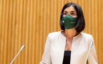 La ministra de Sanidad, Carolina Darias, antes de intervenir en la Comisión de Sanidad (Foto: Congreso)