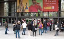 Aspirantes al MIR esperan el comienzo del examen (Foto. Miguel Ángel Escobar)