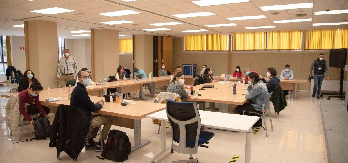 Aspirantes a examen (Foto. Miguel Ángel Escobar  ConSalud.es)