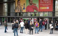 Opositores de MIR y otras titulaciones sanitarias accediendo a los exámenes de FSE. (Foto. Miguel Ángel Escobar / ConSalud.es)