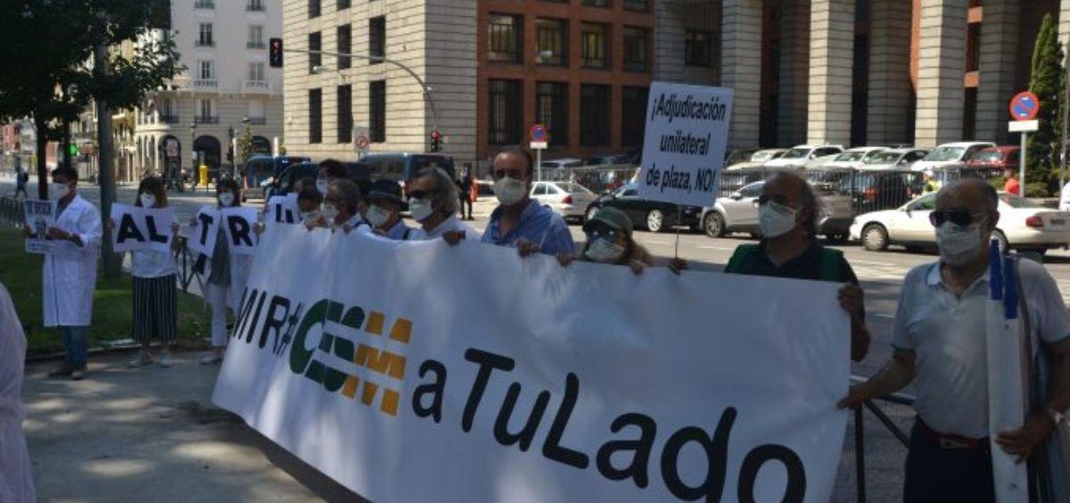Opositores MIR y representantes de CESM en la manifestación celebrada en 2020 por una elección de plazas presencial y telemática. (Foto. CESM)