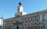 La Real Casa de Correos, en la Puerta del Sol, sede de la Comunidad de Madrid (Foto: Wikipedia / Luis García)