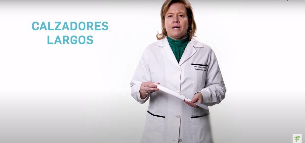 la farmacéutica Carmen Mijimolle, vocal nacional de Ortopedia del Consejo General de Colegios Farmacéuticos, aborda las ayudas técnicas para vestirse