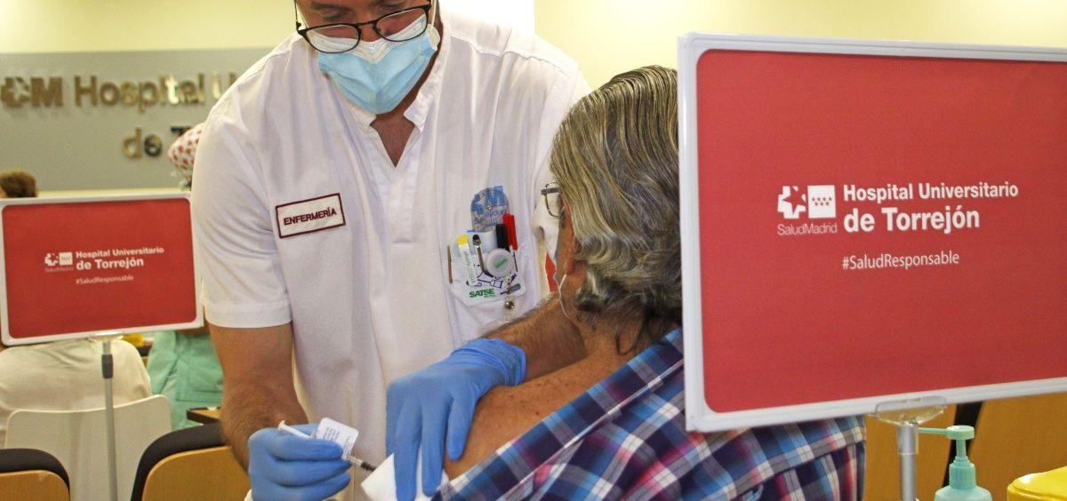 Vacunación en el Hospital de Torrejón (Foto. HUT)