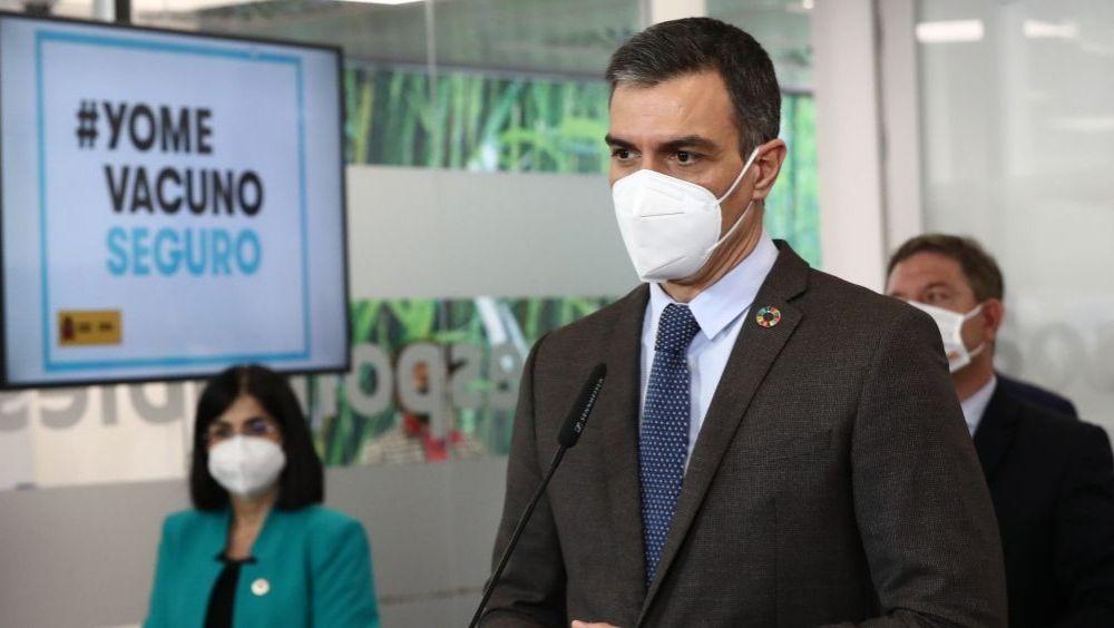 Pedro Sánchez, presidente del Gobierno, en la visita al Centro de Investigación Básica de Janssen (Foto: Pool Moncloa / Fernando Calvo)
