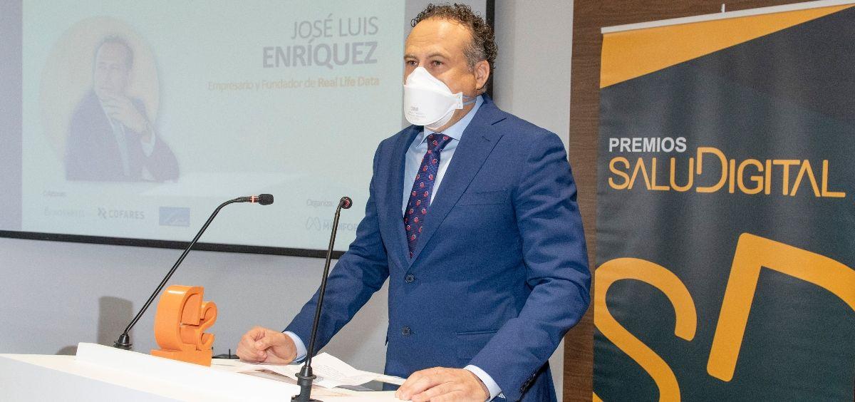 José Luis Enríquez, reconocido como 'Personalidad Digital del Año' en los V Premios SaluDigital. (Foto. Óscar Frutos)