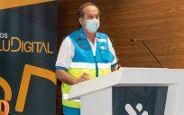 El director gerente del SUMMA 112, Pablo Busca Ostolaza, ha recogido el galardón entregado en la categoría de 'Institución Digital del Año' en los V Premios SaluDigital. (Foto. Óscar Frutos)
