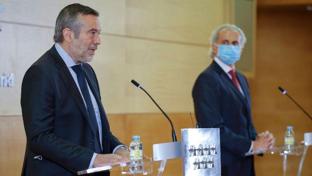 Enrique López, consejero de Justicia de la Comunidad de Madrid, y Enrique Ruiz Escudero, consejero de Sanidad (Foto: CAM)