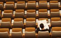 Un opositor preparando un examen. (Foto. Unsplash)