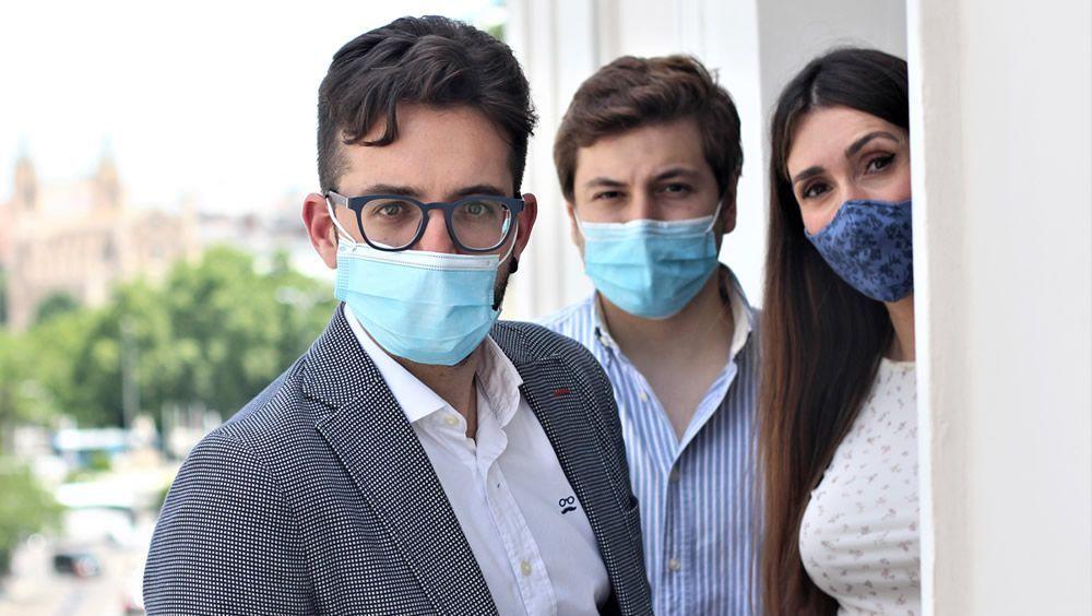 Los tres representantes en las negociaciones (Foto. CESM)