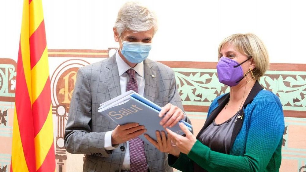 Josep Maria Argimon recibe el testigo de Alba Vergés como nuevo consejero de Salud de Cataluña (Foto: @salutcat)