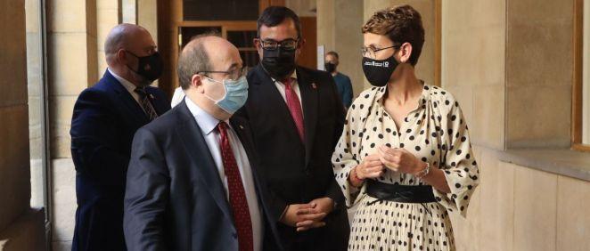 Miquel Iceta, ministro de Política Territorial, junto a María Chivite, presidenta de Navarra (Foto: MPTFP)
