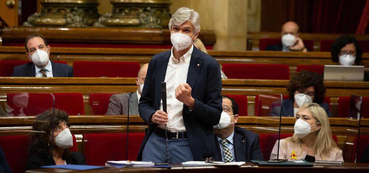 Joep Maria Argimon en el pleno del Parlament. (Foto: Europa Press)