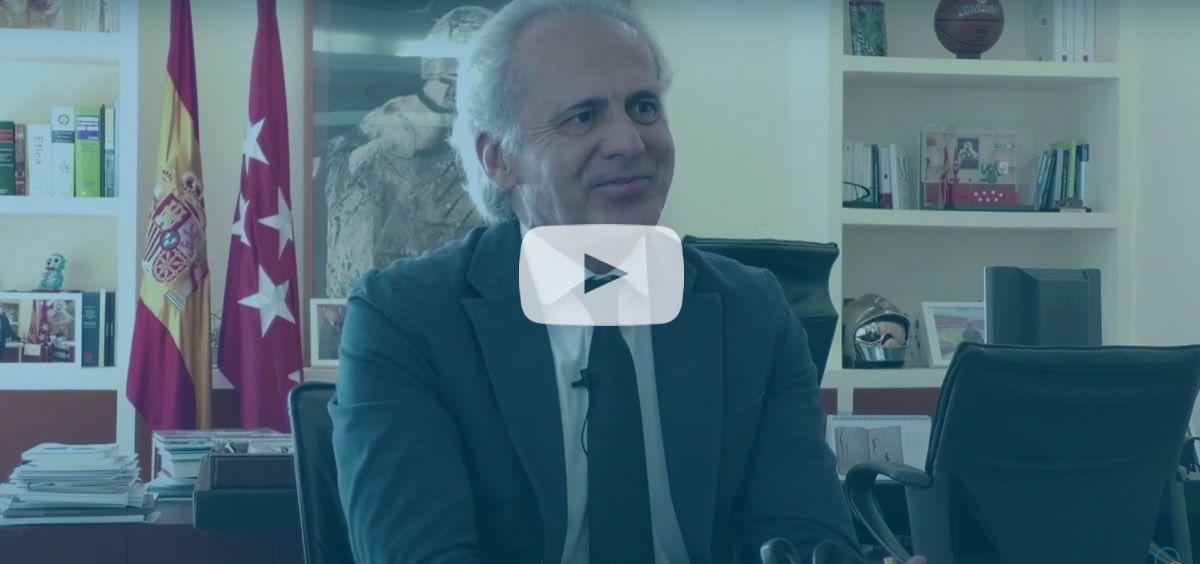 El consejero de Sanidad, Enrique Ruiz Escudero, en una entrevista para ConSalud.es (Vídeo: Miguel Ángel Escobar)