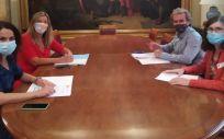 Reunión entre Patricia Gómez y altos representantes del Ministerio de Sanidad (Foto. Baleares)
