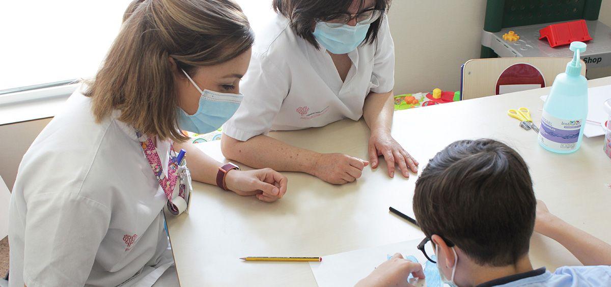 Vinalopó y Fundación Salud Infantil colaborarán para mejorar la atención de los niños hospitalizados (Foto. Ribera)