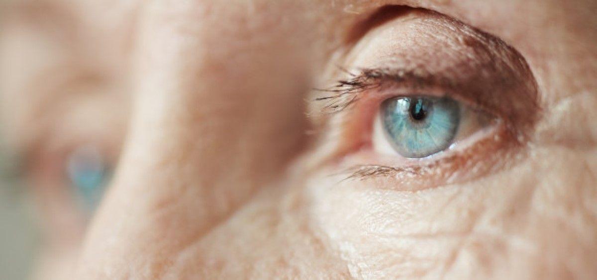 La DMAE y otras enfermedades oculares se relacionan con la demencia (Foto Freepik)