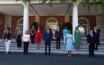 El Gobierno posa en el Palacio de La Moncloa tras su última remodelación (Foto: Fernando Calvo / Pool Moncloa)
