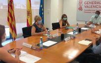 La consejera de Sanidad, Ana Barceló y el consejero de Educación, Vicent Marzà, durante la reunión