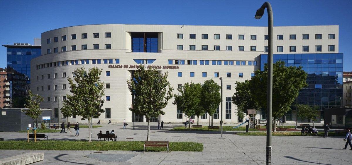 Fachada del Palacio de Justicia de Pamplona.  (Foto. Eduardo Sanz. Europa Press Archivo)