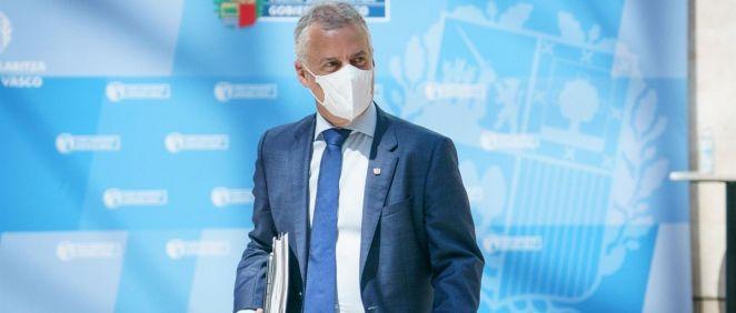 El Lehendakari, Iñigo Urkullu, camino del Consejo asesor del Plan de Protección Civil de Euskadi (LABI) (Foto. Iñaki Berasaluce - Europa Press)