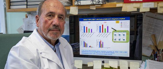 El investigador español Mariano Esteban del Centro Nacional de Biotecnología (CSIC). (Foto. Europa Press)