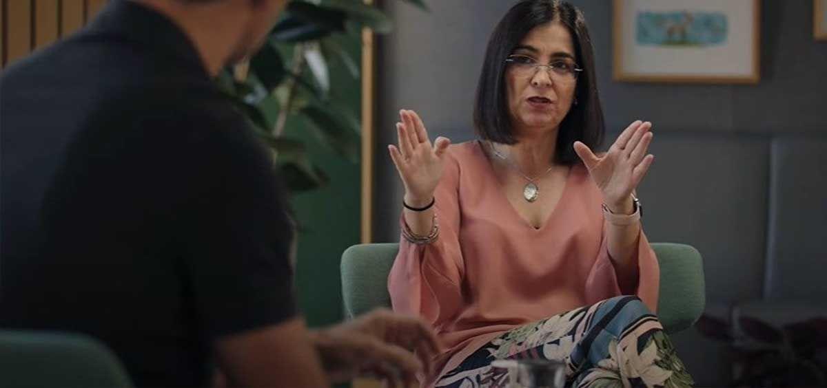 La ministra de Sanidad, Carolina Darias, en una entrevista en YouTube con David Calle (Unicoos). (Foto. YOUTUBE)