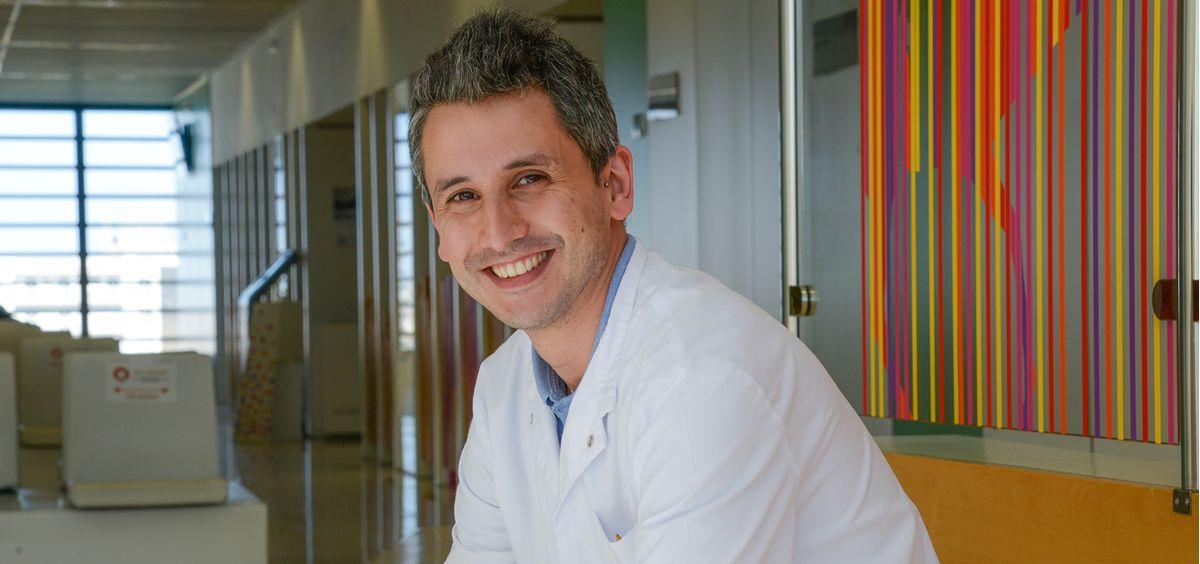 El neuropediatra de la Unidad de Enfermedades Neuromusculares del Hospital Sant Joan de Déu de Barcelona, Daniel Natera (Foto: Atrevia)